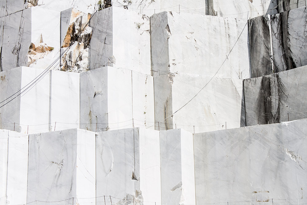 granturismo_makingof_carrara_marble_quarry_02
