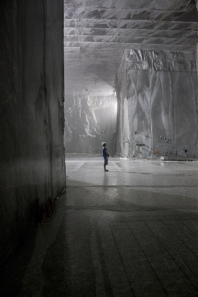 granturismo_makingof_carrara_marble_quarry_03